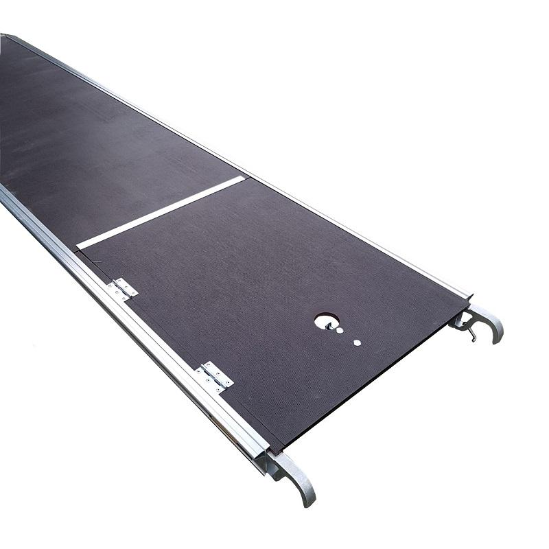 custers platform met luik